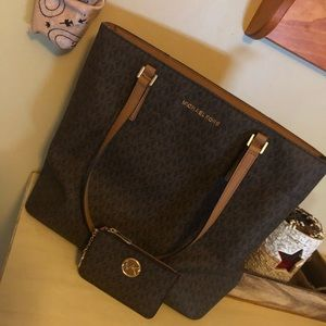Michael Kors Tote and Cardholder